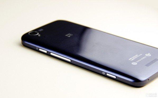 ZTE-U988S-2