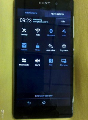 Sony-Xperia-D6503-03