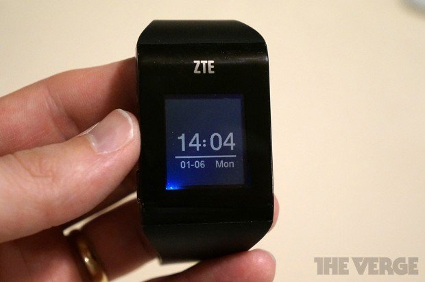ZTE-BlueWatch-4-620x411
