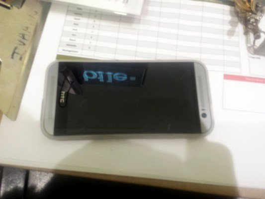 htc-new-one-silver-2