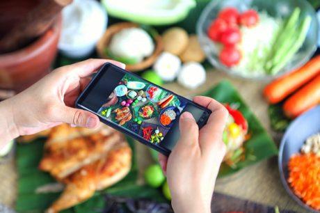 Tuttoandroid Smparthone Android Insalata Emoji