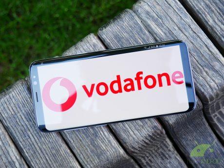 Vodafone offre Internet illimitato e gli Huawei P30 a prezzi