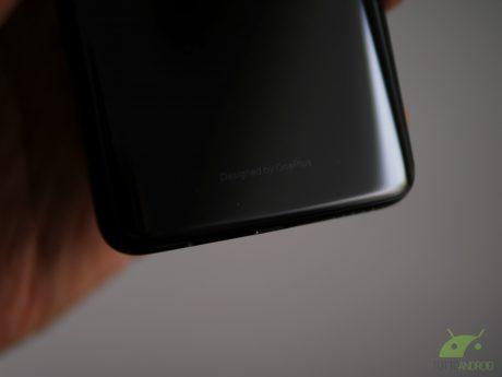 OnePlus 7 Pro sempre più interessante con display QHD+ a 90 Hz e 4000 mAh