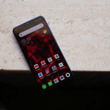 Xiaomi Mi 9 SE è arrivato in Italia: in vendita nei Mi Store con 6-128 GB di memoria